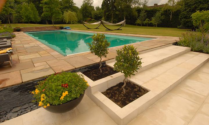 Charmant Dream Gardens